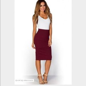 H&M Red Ribbed Pencil Midi Skirt